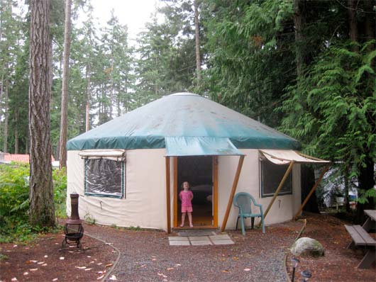 kid-and-yurt