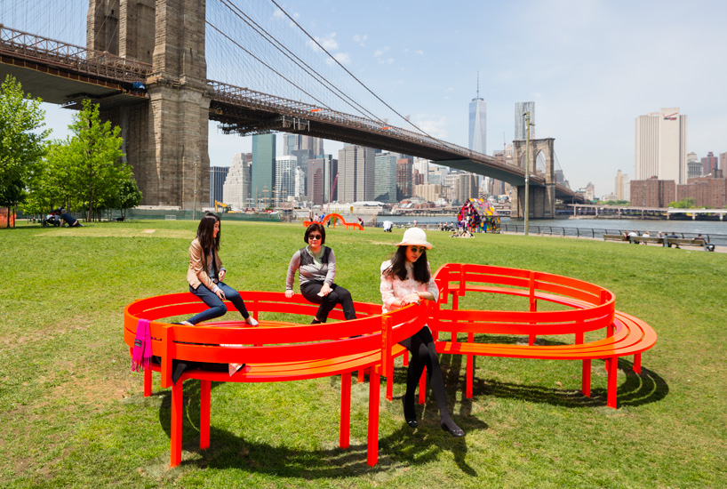 please-touch-the-art-jeppe-hein-designboom-05