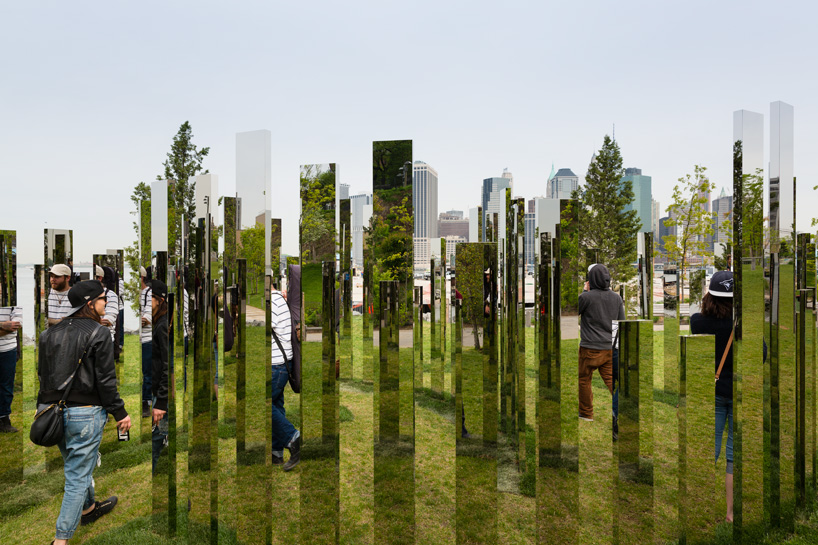 please-touch-the-art-jeppe-hein-designboom-15