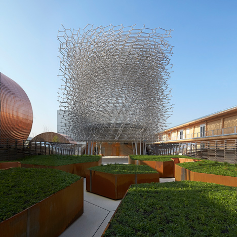 UK-Pavilion_Milan-Expo-2015_Wolfgang-Buttress_Hufton_Crow_dezeen_sq
