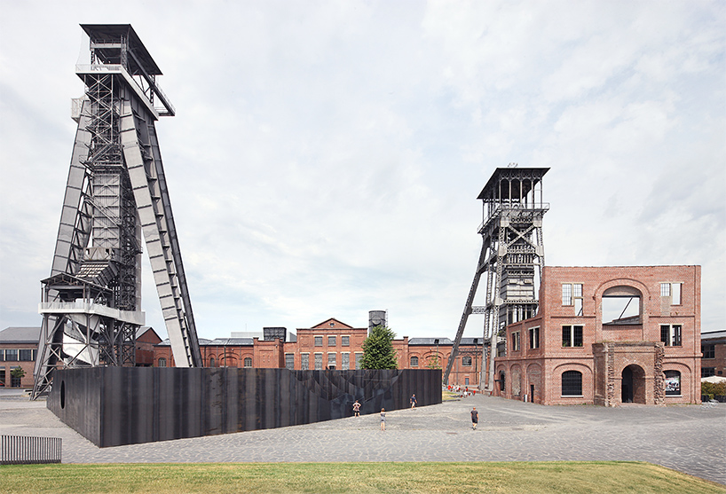gijs-van-vaerenbergh-builds-sculptural-steel-labyrinth-at-former-coal-mine-designboom-01